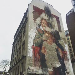 #lestroisages by #borondo #child #adult #grandfather #young #old  #streetart #graffiti #wall #spray #bombing #paris (pourphilippemartin) Tags: lestroisages borondo child adult grandfather young old streetart graffiti wall spray bombing paris