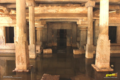 Prasanna Virupaksha Temple (a.k.a Underground Shiva Temple), Hampi (Trayaan) Tags: travel india monument temple worldheritagesite historical karnataka hampi vijayanagar incredibleindia vijayanagara vijayanagarastyle indianhistoricalarchitecture karnataempire vijayanagaratemplearchitecture vijayanagaratemplearchitectur
