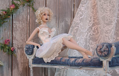 "anquett ""Time. The art."", scale 1:4 OOAK, LE2 2 (JuliaGart) Tags: sybarite superfrock sybarites numina sale sofa scale 14 for furniture furniturefordolls fs furnitureforthesybarite banquette julia juliagart gartung sno"