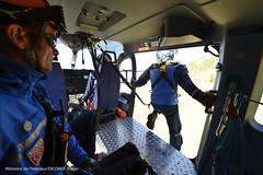 Dploiement sur la zone du crash des personnels mobiliss (Ministere de l'Intrieur) Tags: crash crs gendarmerie germanwings sapeurspompiers scuritcivile
