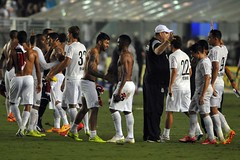 Atletas comemoram classificao para a stima final seguida no Paulisto (Santos Futebol Clube) Tags: vila santos fc campeonato paulista semifinal belmiro