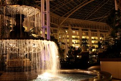 Gaylord Opryland Hotel & Convention (Prayitno / Thank you for (10 millions +) views) Tags: water fountain night photography hotel photo shot tn nashville tennessee convention opryland gaylord konomark