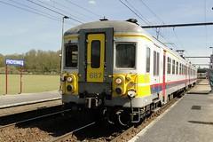 NMBS Trainset N 687. (Franky De Witte - Ferroequinologist) Tags: de eisenbahn railway estrada chemin fer spoorwegen ferrocarril ferro ferrovia