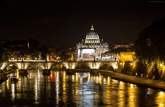 La Notte su Roma (gio_running_away) Tags: italy roma water night river gold lights twilight sofia tevere notte