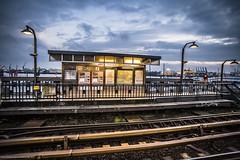 Baumwall (MoWePhoto.de) Tags: train hamburg ubahn hafen u3 verkehr hdr baumwall treyratcliff