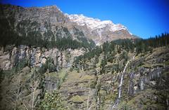 Manali to Rohtang Pass (Niall Corbet) Tags: india mountain snow waterfall manali rohtangpass himalayas himachalpradesh rohtang rohtangla