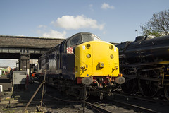 Preserved Heavyweight (DM47744) Tags: railroad english heritage electric train nikon diesel great transport traction central rail railway loco trains class rails locomotive preserved 37 railways heavyweight services loughborough direct preservation 377 drs gcr 37714 d3100