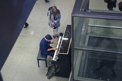 Time Stops When You Hear Music... (Geraldine Curtis) Tags: music hat signature piano eltonjohn stpancras