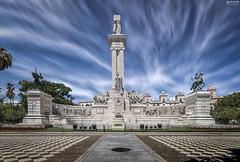 Monumento a la Constitucin (Cdiz) (-COULD 2.0) Tags: monument canon spain sigma cadiz 1020 650d