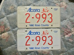 ALBERTA ANTIQUE AUTO PLATE PAIR #2-993 (woody1778a) Tags: myhobby licenseplate numberplate registrationplate alberta canada traders fortrade forsale hobby collector woody tradelist trade trading selling