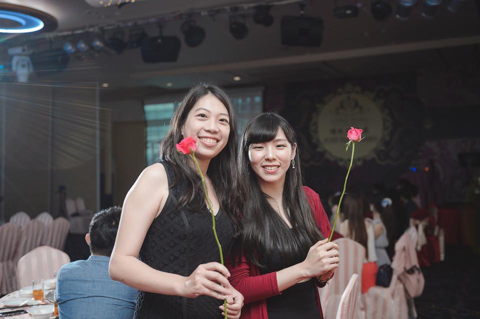 婚禮攝影-台南情定婚宴城堡永康館-59