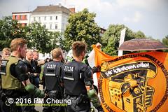 Solidaritt mit der Rigaer94! Rebellische Nachbarn - Solidarische Kieze - Stadt von unten!  25.06.2016  Berlin  IMG_5295 (PM Cheung) Tags: berlin kreuzberg refugees parade demonstration queer friedrichshain polizei so36 neuklln 2016 ausbeutung heinrichplatz flchtlinge rassismus friedrichshainkreuzberg xcsd diskriminierung oranienplatz transgenialercsd rigaer94 csdberlin hausprojekt m99 protestdemonstration tcsd lgbtqi gentrifizierung kadterschmiede oplatz pmcheung csdkreuzberg solidarittsdemonstration pomengcheung sdblock facebookcompmcheungphotography kiezdemo gerharthauptmannrealschule transgendern eincsdinkreuzberg mengcheungpo friedel54 yallaaufdiestrasequeerbleibtradikal kreuzbergercsd2016 yallatothestreetsqueerstaysradical solidarittmitderrigaer94rebellischenachbarnsolidarischekiezestadtvonunten christopherstreetday2016friedel54 rumungkadterschmiede 25062016