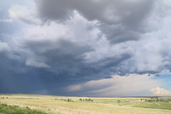 Great Plain's storm (www.JnyAroundTheWorld.com - Pictures & Travels) Tags: sky usa storm nature weather clouds canon landscape outdoors wyoming greatplains tatsunis grandesplaines