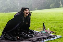 Feel the rain (JayPiDee) Tags: frau hamburg jenischpark leute menschen park person regen tamron tamronspaf2875mmf28xrdi tamron287528 lachen laughing people rain schwarzespicknick woman deutschland