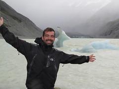 """Glacier et iceberg Mount Cook <a style=""""margin-left:10px; font-size:0.8em;"""" href=""""http://www.flickr.com/photos/83080376@N03/16552907667/"""" target=""""_blank"""">@flickr</a>"""