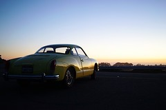 88/365: Karmann Ghia Sunset // Project 365 2015 In 365 Photos at Twin Peaks Summit (spieri_sf) Tags: sunset karmannghia project365 2015in365photos
