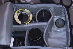 Lo zainetto da viaggio (Luca C.83) Tags: camera bag zoom fotografia zaino viaggio photocamera optics fotografica fotocamera nikond3200 objectives ottiche polarizers filtri obbiettivi polarizzatori daviaggio