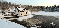 A winter panorama of Rapid Vantaankoski in River Vantaanjoki (Vantaa, 20120128) (RainoL) Tags: panorama finland river geotagged vantaanjoki january u vanda fin rapid stitched vantaa 2012 uusimaa 201201 20120128 geo:lat=6029359500 geo:lon=2486576700