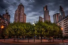 Puerto Madero (FlavioSpezia) Tags: puerto edificios arboles ciudad nocturna madero 18mm d40