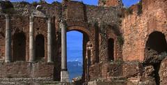 Ruiny teatru (zbyszekski) Tags: nikon italia taormina etna sicilia architektura sycylia zabytek nikonphotography