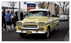 1959 Chevrolet Apache 32 Fleetside (Ruud Onos) Tags: chevrolet apache 32 1959 fleetside 2vhf27 chevroletapache32fleetside 1959chevroletapache32fleetside