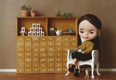 The House of Tea (Minit) Tags: blythe doll roseyred miniature tea house
