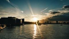 Chancing to lure (ivaylohristev) Tags: light sunset sky sun sunlight london lines sunshine skyline clouds contrast dark skyscape outdoors cloudy samsung explore cloudscape  skyporn vsco samsungphotography vscocam vscogrid vscogood