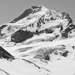 Coe Glacier, Mt. Hood (Scott Withers Photography) Tags: oregon mthood coeglacier barrettspur zeissloxia50mmf2planar sonya7rii