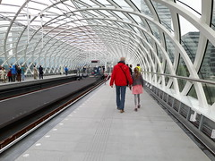 New metro station, The Hague Central Station (Elisa1880) Tags: white glass station architecture train rotterdam metro den hague haag wit glas architectuur centraal the hse erasmuslijn