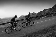 DSC07528 (Gumundur Rbert) Tags: sky white mountain black 35mm cycling climb iceland cloudy f14 sony climbing rolf prima reykjavk sland ares a7ii pansonic samyang reihjl rokinon