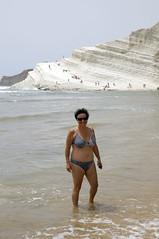 Jole_Scala_dei_Turchi_4950 (Manohar_Auroville) Tags: girls sea italy white beach beauty seaside rocks perspectives special scala sicily luigi dei agrigento fedele turchi scaladeiturchi manohar
