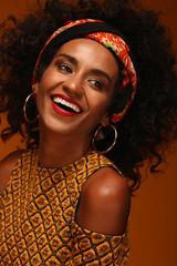 ):) (Edth) Tags: portrait woman black smile fashion happy donna cuba ritratti