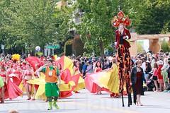 Fremont Solstice 2016  1817 (khaufle) Tags: solstice fremont wa usa parade stilts headdress