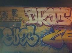Bara Drips (Fresh Tagz crew) Tags: mtl barcelona graff graffiti drips gouttes goteos