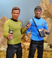 Kirk & Spock (MiskatonicNick) Tags: kirk spock startrek nanjin qmx 16 actionfigures playscale sixthscale