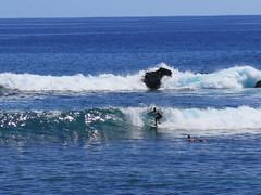 "On peut aussi y surfer et y plonger <a style=""margin-left:10px; font-size:0.8em;"" href=""http://www.flickr.com/photos/83080376@N03/16626907934/"" target=""_blank"">@flickr</a>"