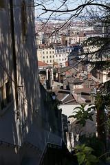 Lyon - Monte des Chazeaux (larsen & co) Tags: france lumix lyon rhne panasonic vieuxlyon rhnealpes montedeschazeaux lyonpresqule fz1000 panasoniclumixdmcfz1000