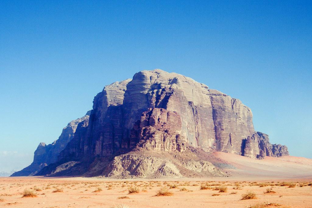 Wadi_Rum_Monument