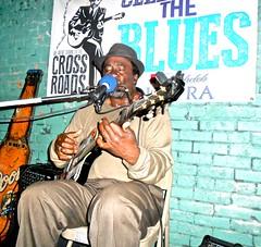 Terry HARMONICA Bean ` Watch: (Shein Die) Tags: festival livemusic blues guitarists harmonica jukejoint juke clarksdale jukejointfestival terryharmonicabean 2016jukejointfestival