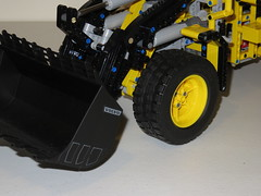 LEGO Technic 42030 Volvo L350F Loader (RS 1990) Tags: volvo mod lego review australia technic functions loader southaustralia 42030 l350f june2016