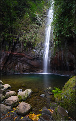 Madeira (00012 von 00021) (exaptor) Tags: sea beach waterfall sony madeira funchal zeiss1635 sonya7