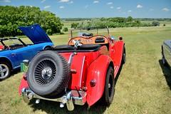 Road_Apples_104_DSC_2799 (Nomad Joe) Tags: summer usa cars mg madison classics wi carshow 1953 vfw td saturdayinthepark roadapples