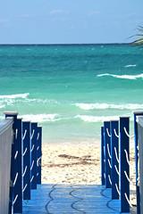 Cayo Coco 053 (BGS Fotografia) Tags: travel sunset sea sun sol beach beautiful clouds atardecer mar sand cuba playa arena viajes nubes caribe caribean cayococo