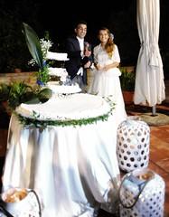 lo stappo dello spumante (me, paolo and the seven wonders + two) Tags: maya cena matrimonio torta filippo sposa bottiglia sposo picmonkey