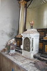 IMG_3100 (De Tuinen van Servaas en Dorothe) Tags: duiven mest dakgoot stof gebinte