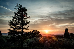 Incontri (Andrea_Federici) Tags: sunset tramonto pienza sole sun cielo sky andreafederici canoneos50d nuvole clouds paesaggio landscape hdr