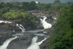 Upper Falls (VinayakH) Tags: gaganchukkifalls shivanasamudram karnataka india kaveririver river waterfalls chamarajanagar