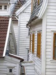 Bergen - Wooden houses (fb81) Tags: house building norway port norge wooden center cobblestone bergen hordaland hanseatic byfjorden