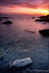 (Valerio Musi Photographer) Tags: sunset shadow sea cloud sun reflection water island reflex rocks tramonto nuvole mare seascapes ombra sole sassi rocce acqua musa manfrotto onde isola scogliera riflesso sigma1224 isoladelba piombino d700 viaamendola visipix wwwvaleriomusiit