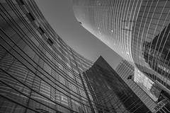 Curves 2 (Rgis Corbet) Tags: france building landscape blackwhite europe ledefrance cityscape paysage townscape fr fra immeuble noirblanc puteaux hautsdeseine paysageurbain